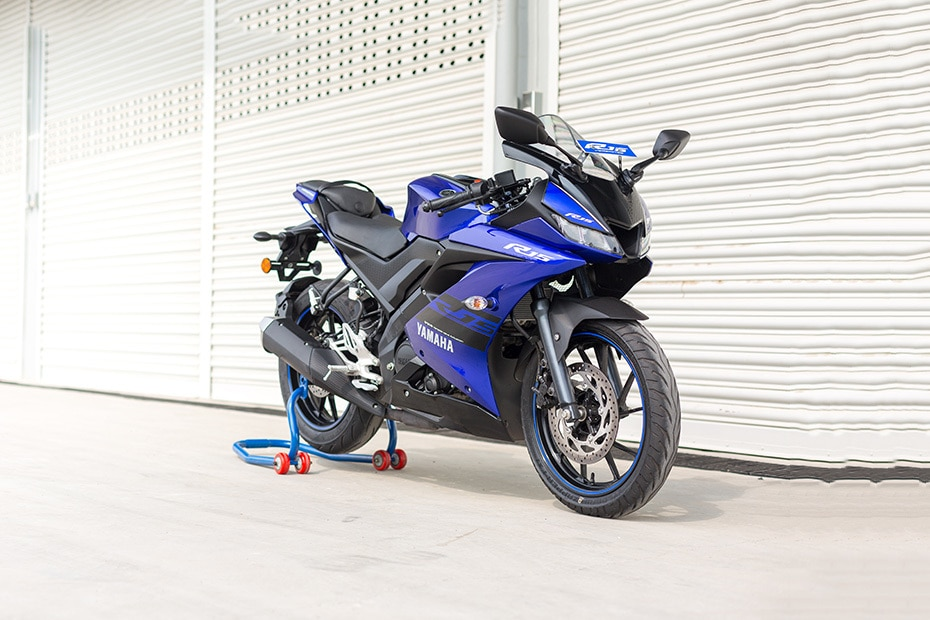 Yamaha Yzf R Review