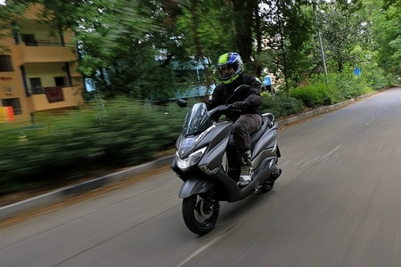 Suzuki Burgman Street vs Suzuki Access 125: Which One Is For You?