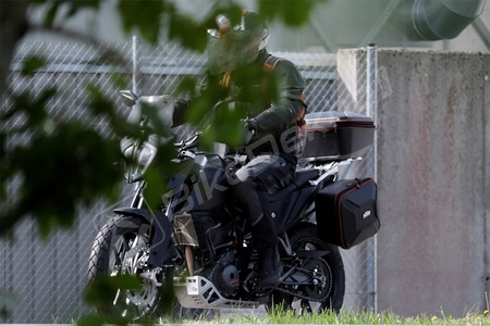 KTM 390 Adventure Spied With Official Accessories