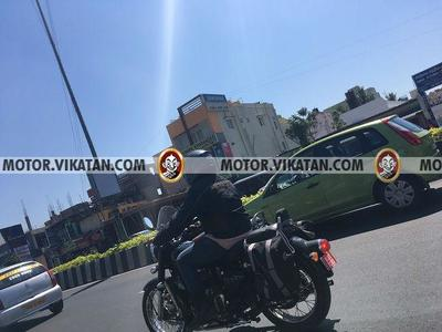 2020 Royal Enfield Classic 350 Spied Testing Again