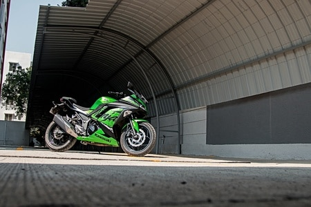 Kawasaki Sells More Than 1,300 Units Of Ninja 300 ABS