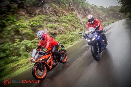 KTM RC 125 vs Yamaha R15 V3.0 Comparison Image Gallery
