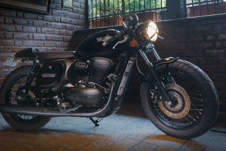 Jawa Forty-Two Gets A Cafe Racer Treatment