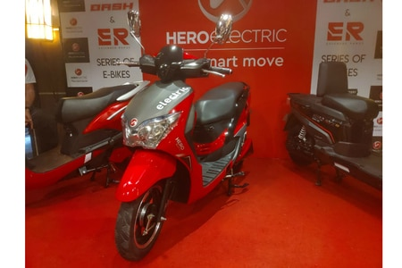Hero Electric Launches Dash e-Scooter