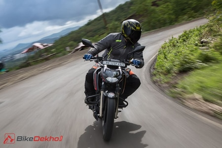 TVS Apache RTR 200 4V: BS4 vs BS6 Performance Numbers Compared