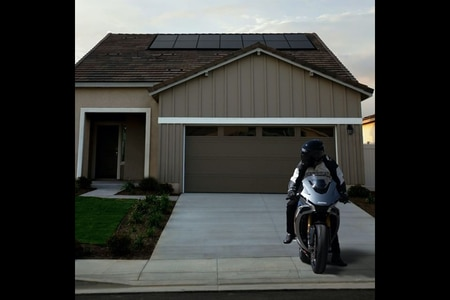 Damon Electric Motorcycles Announces Vehicle-To-Home Charging Feature