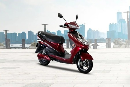 Okinawa Lite, Ridge Plus And R30 E-scooters On Offer This March