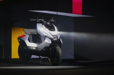EXCLUSIVE: CFMoto Electric Two-Wheelers Coming Soon, Launch Timeline & Other Details Revealed