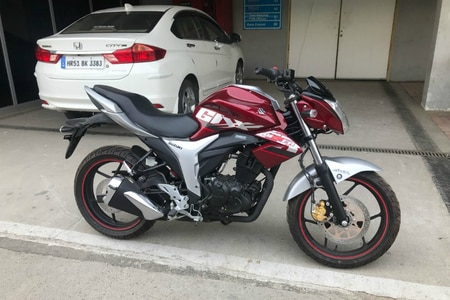 Suzuki Gixxer With ABS Spotted At Buddh International Circuit