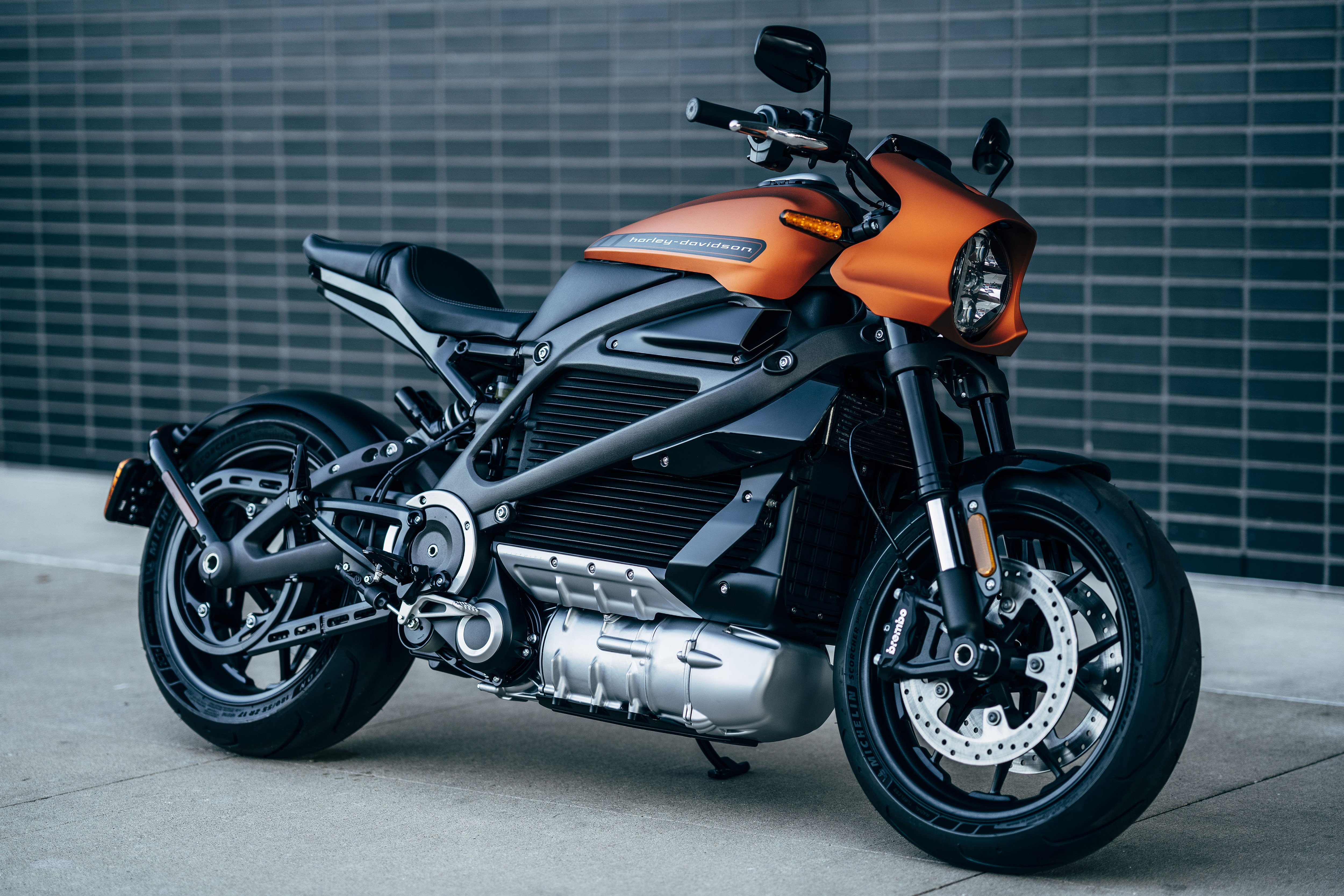 Harley-Davidson Temporarily Suspends Production Of LiveWire