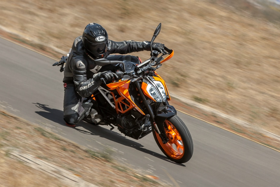 KTM 390 Duke: End Of Year Discounts