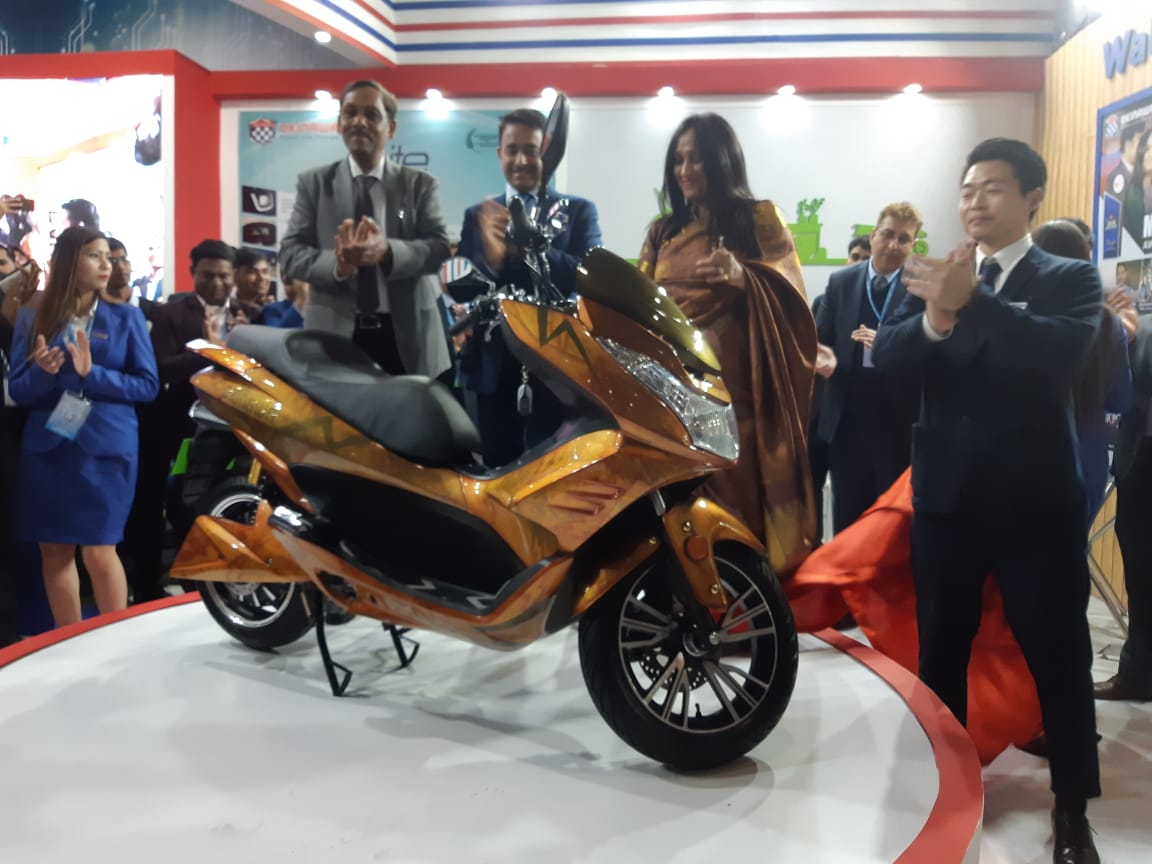 Okinawa Cruiser Electric Maxi-scooter Unveiled At Auto Expo 2020