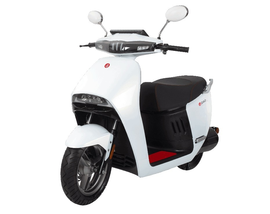 DAO 703 E-scooter Launched: Should The TVS iQube Be Worried?