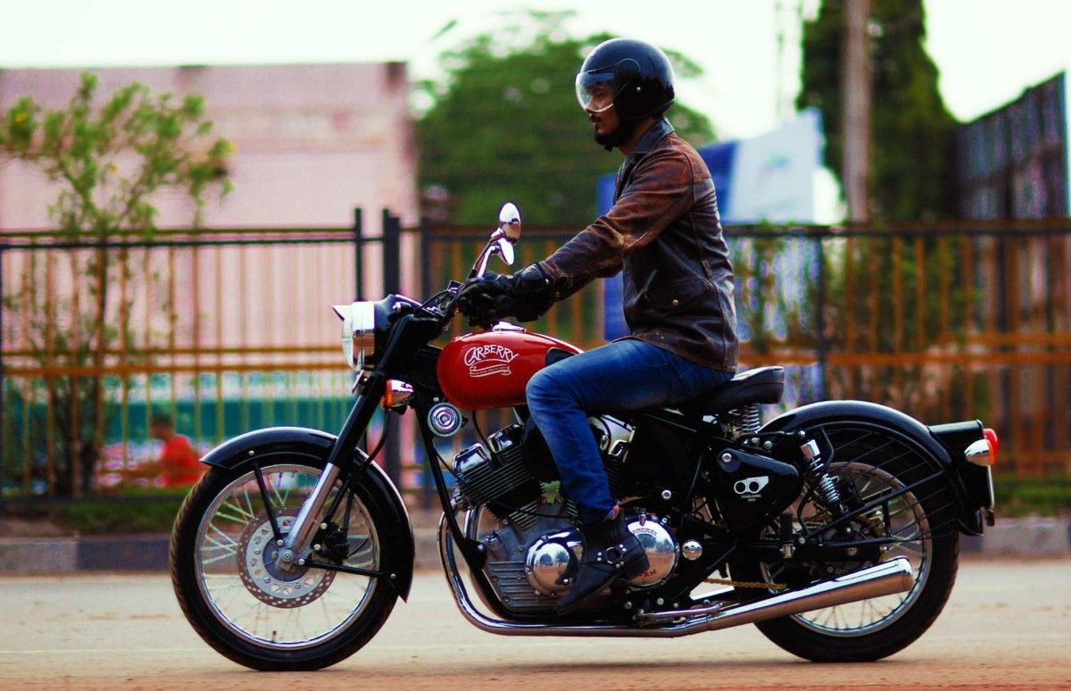 Carberry Double Barrel 1000 Launched At Rs 735 Lakh Bikedekho