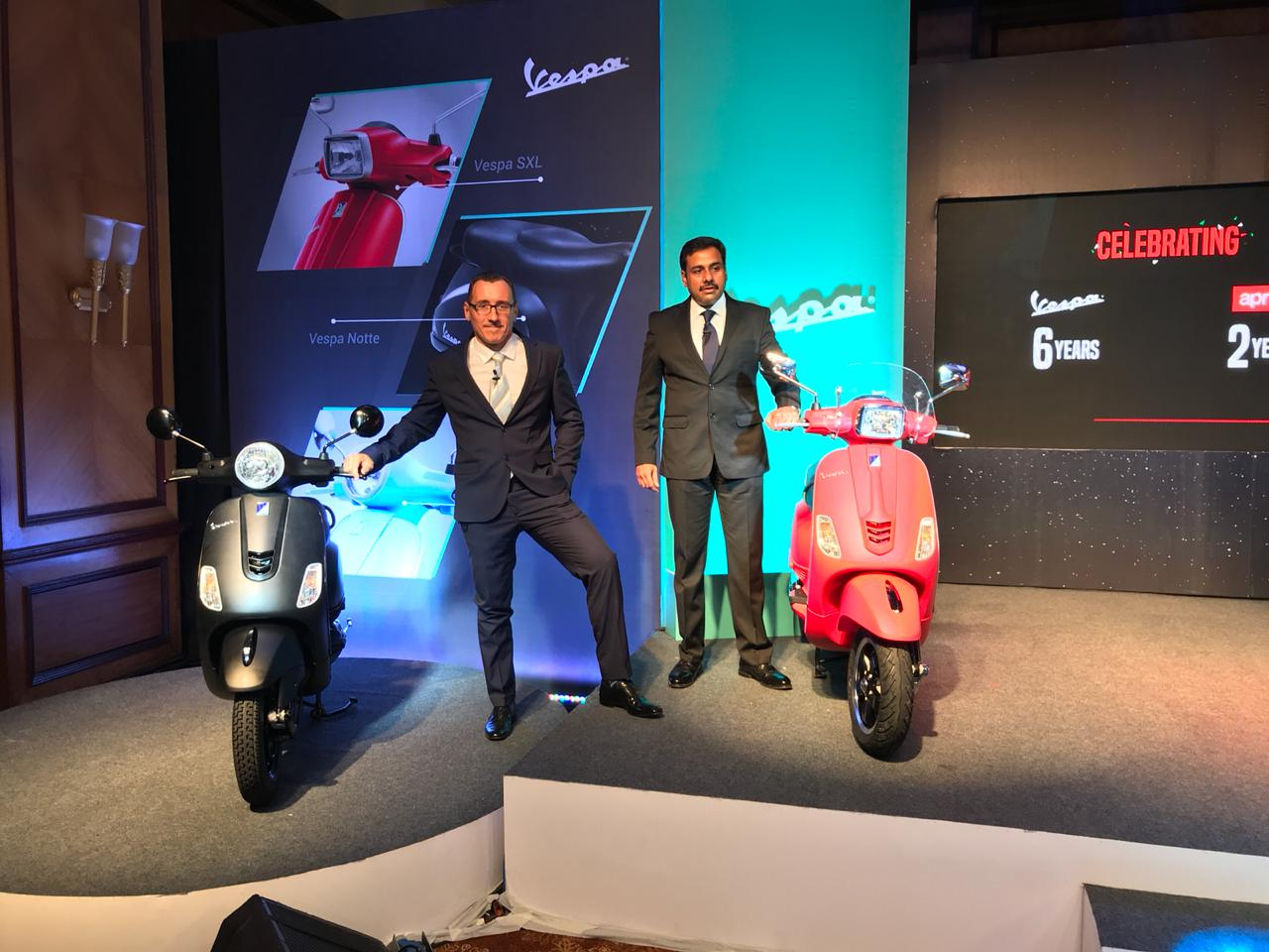 Vespa 150cc Scooters Get New Colours & Smartphone