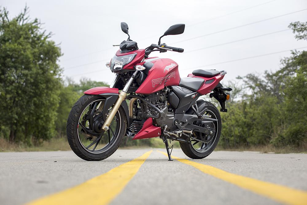 Against the Numbers: TVS Apache RTR 200 4V Specifications Against Bajaj NS 200 and KTM Duke 200