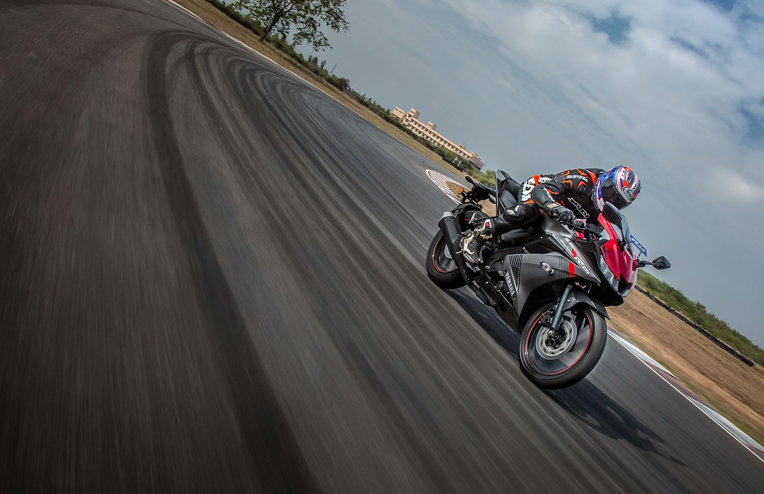 Yamaha R15 V3.0: First Ride Review