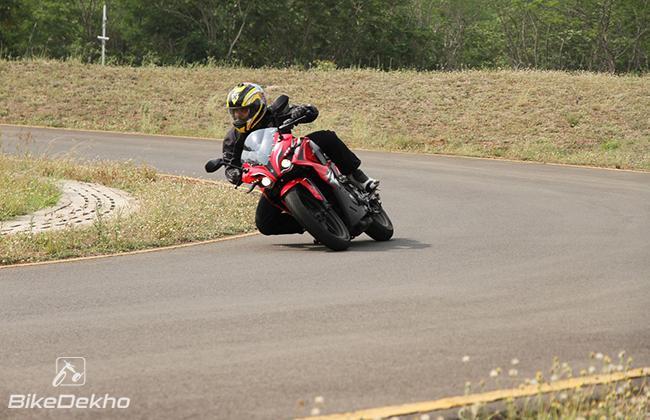 Bajaj Pulsar RS200: First Ride