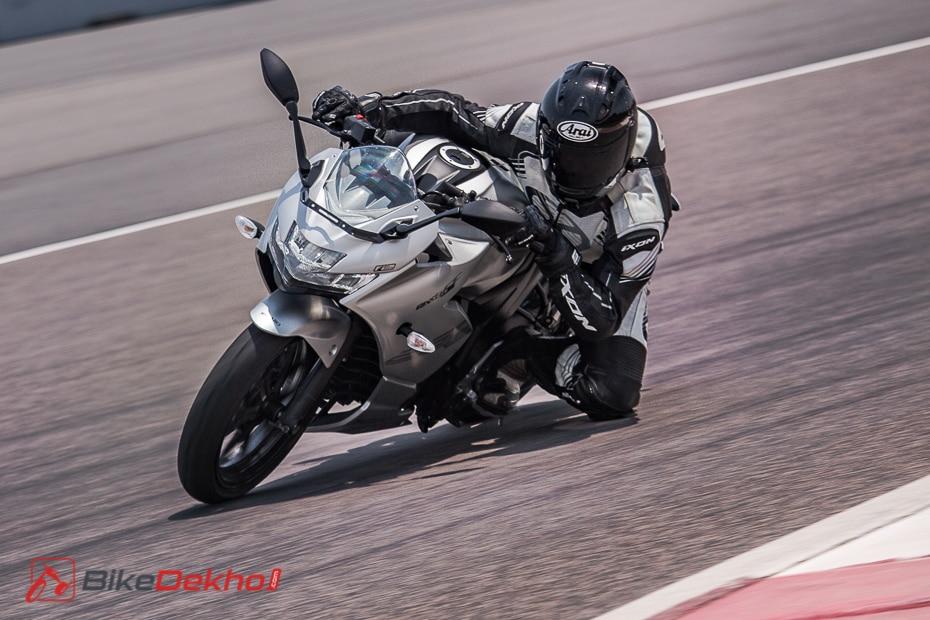 Suzuki Gixxer SF 250: Track Ride Review