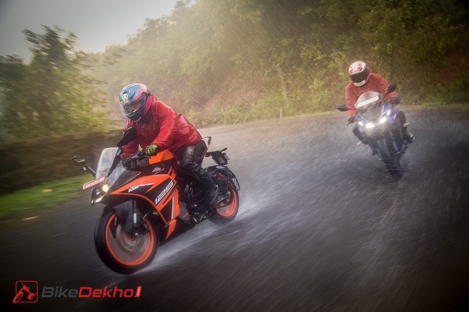 KTM RC 125 vs Yamaha R15 V3.0: Road Test Comparison