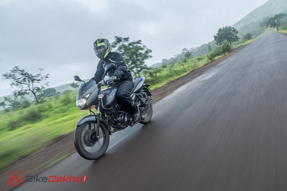 Bajaj Pulsar 125 Neon: Road Test Review