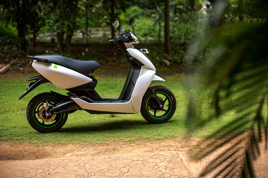 Ather 450 Electric Scooter: First Ride Review | BikeDekho