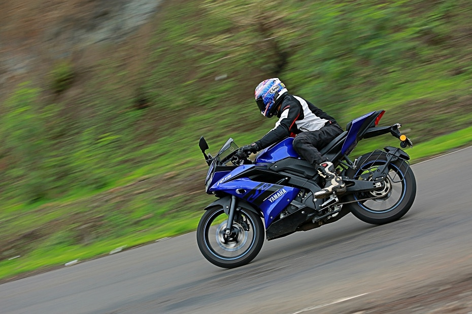 2018 Yamaha R15 v3.0 Road Test Review