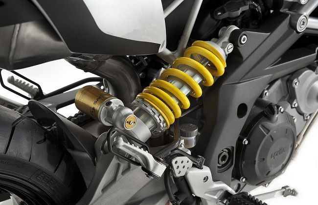 Motorcycle Suspension: All You Need to Know | Bikedekho