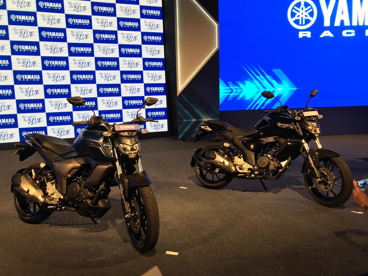 After a rather long wait yamaha has finally unveiled the next generation fz dubbed the fz fi version 3 0 the bike features a number of stylistic and