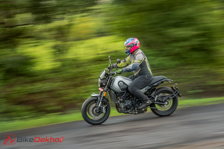 Benelli Leoncino Road Test Review