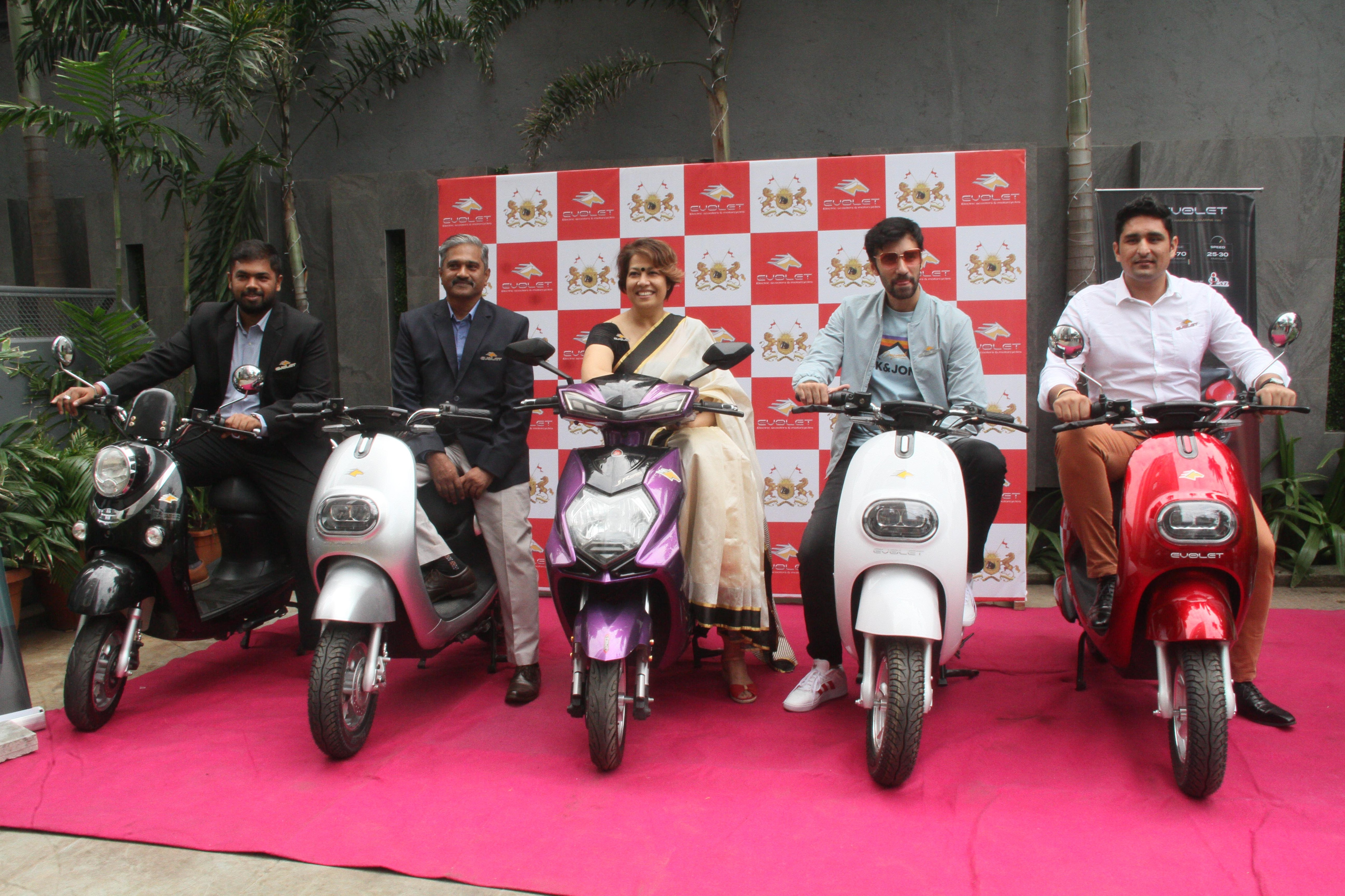 Evolet Inaugurates New Showroom In Mumbai