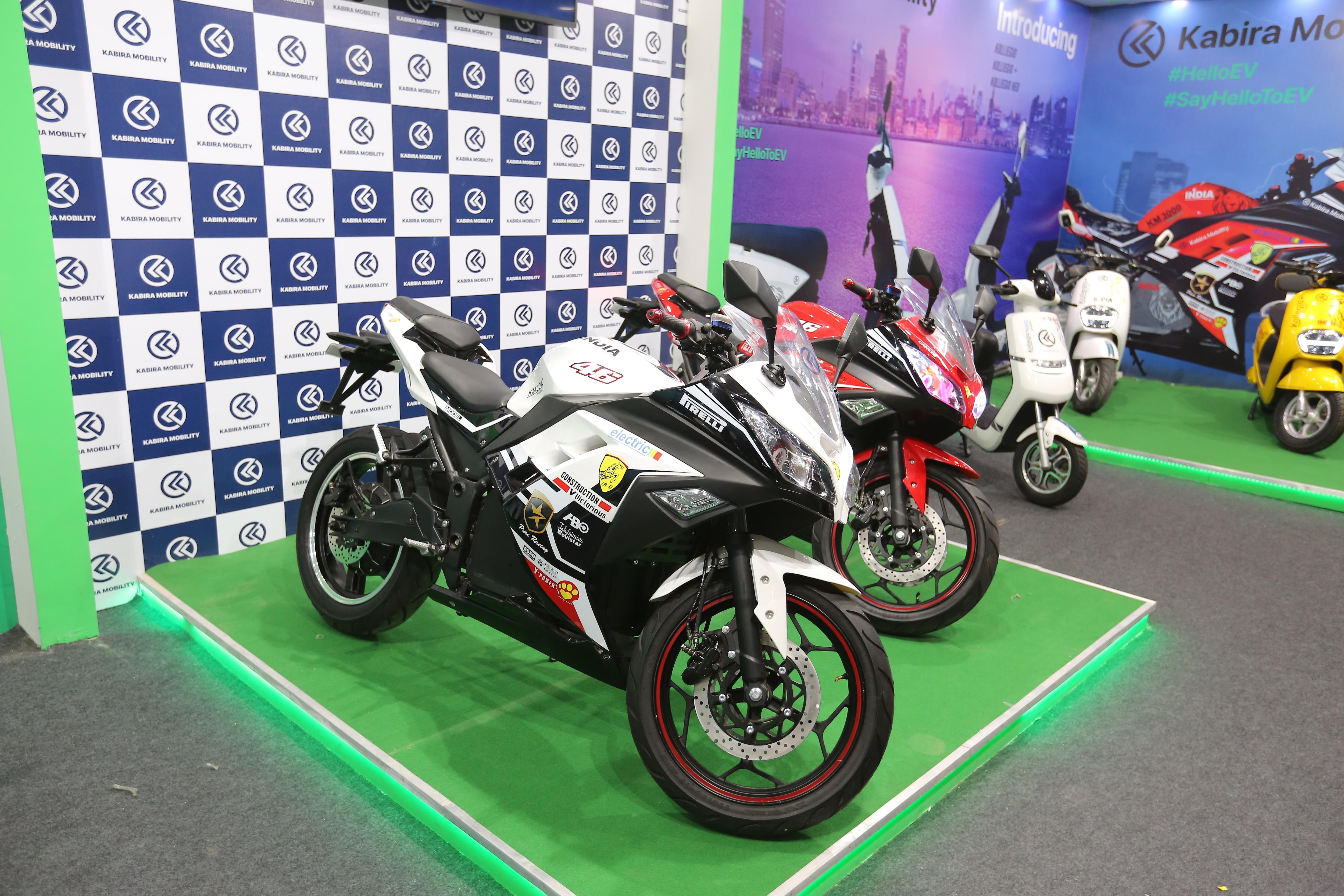 Kabira KM 3000 Electric Sportbike: Picture Gallery
