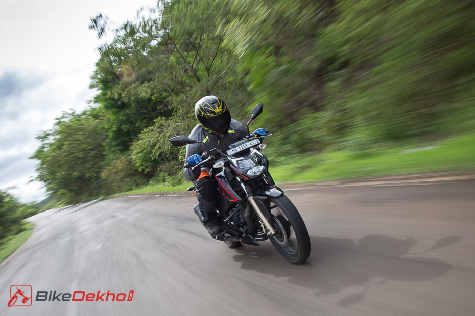 Bikedekho Confused Between The Tvs Apache Rtr 160 4v And