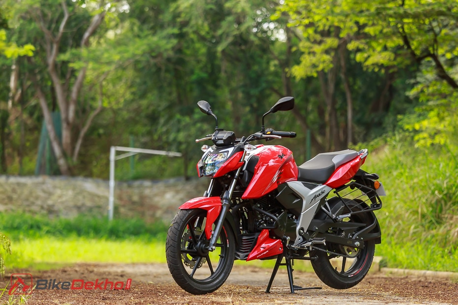 TVS Apache RTR 160, RTR 160 4V Prices Hiked Once Again