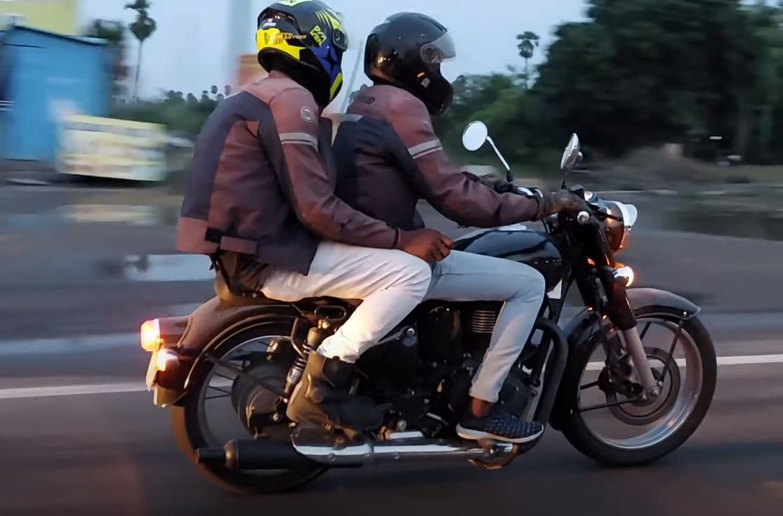 New Royal Enfield  'J' Platform Bikes Spotted With Meteor 350