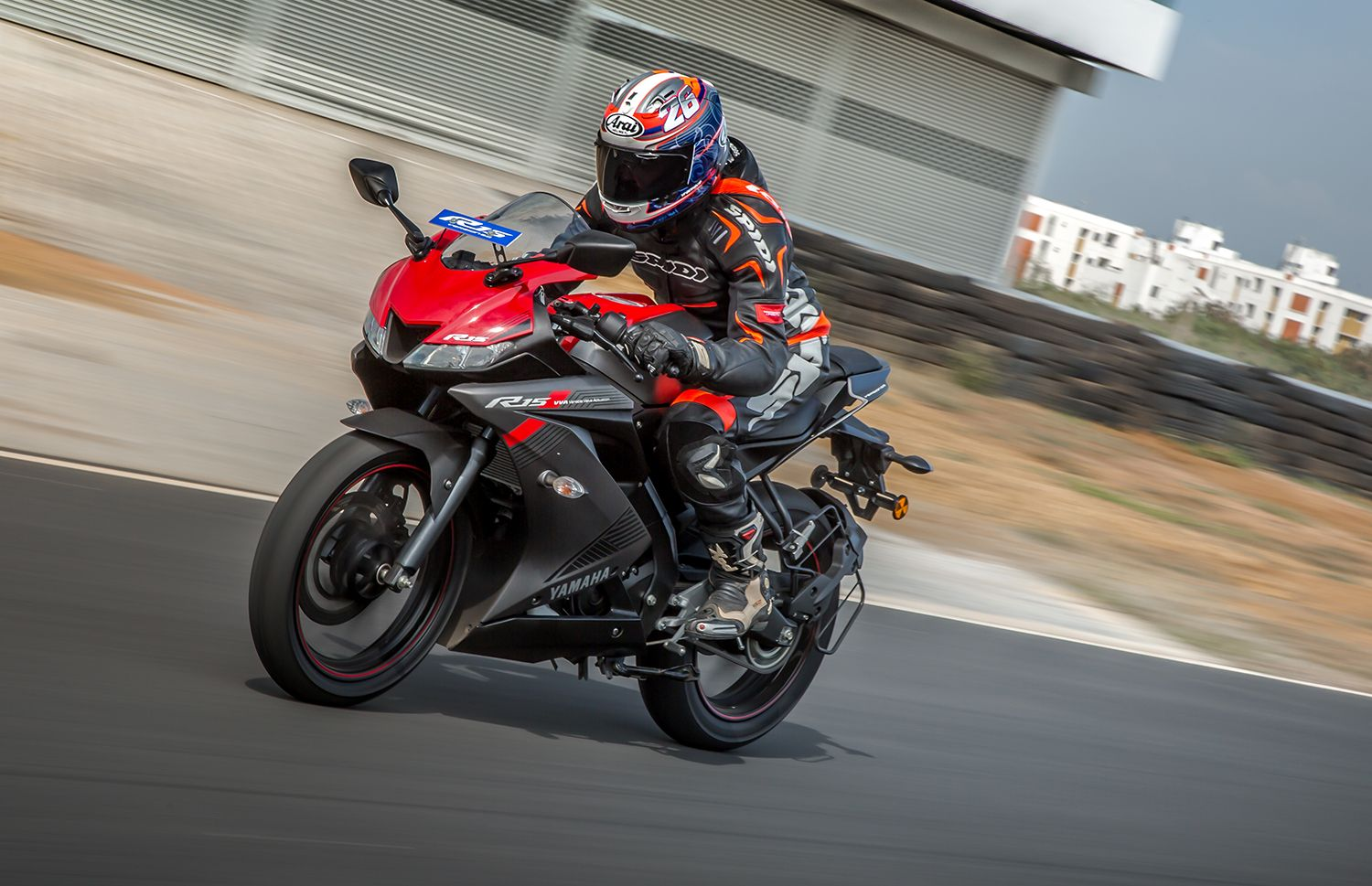 2018 Yamaha R15 v3.0 first ride review